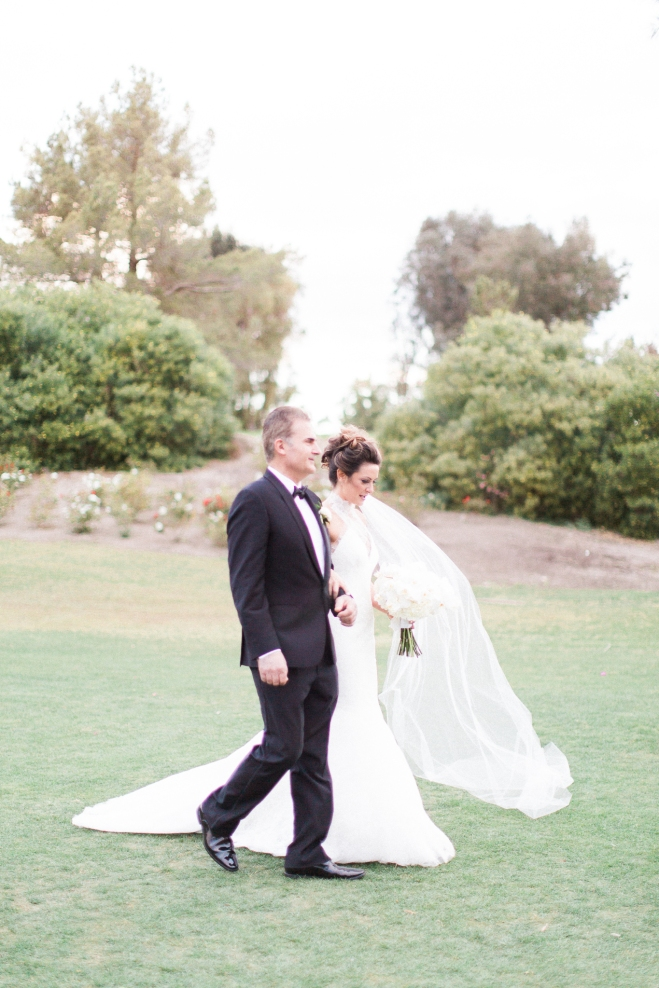 celia-kevin-palmsprings-wedding-indianwellsgolfresort-gabriellasantosphotography-39